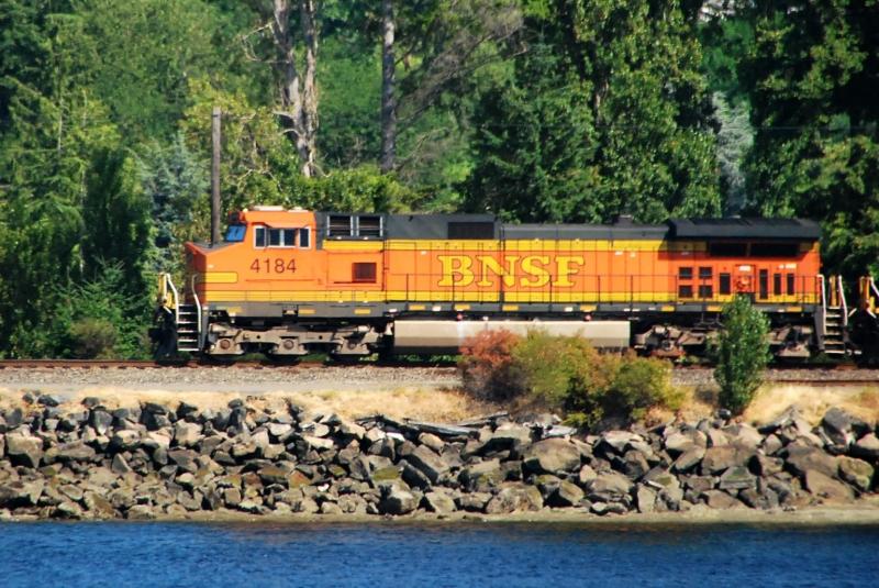 bnsf, engine