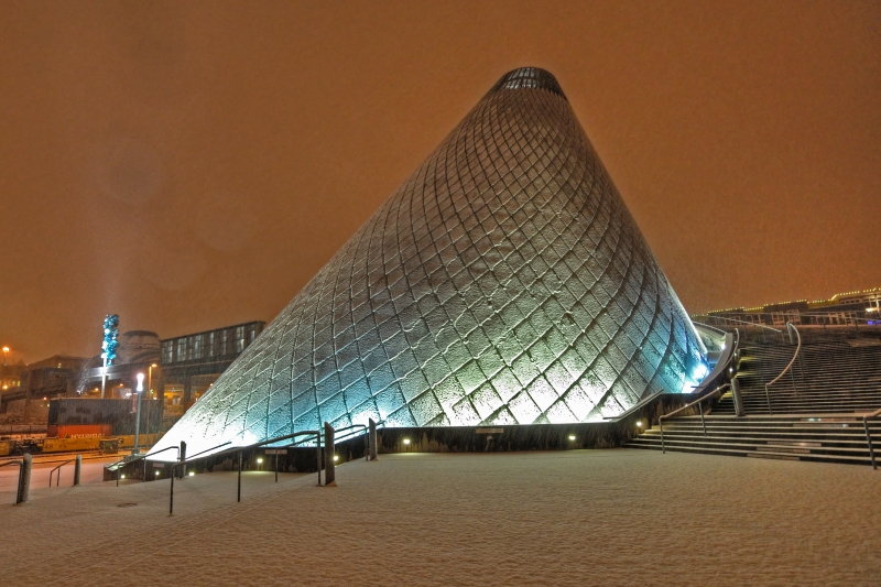museum of glass, snow, 1/11/11, tacoma