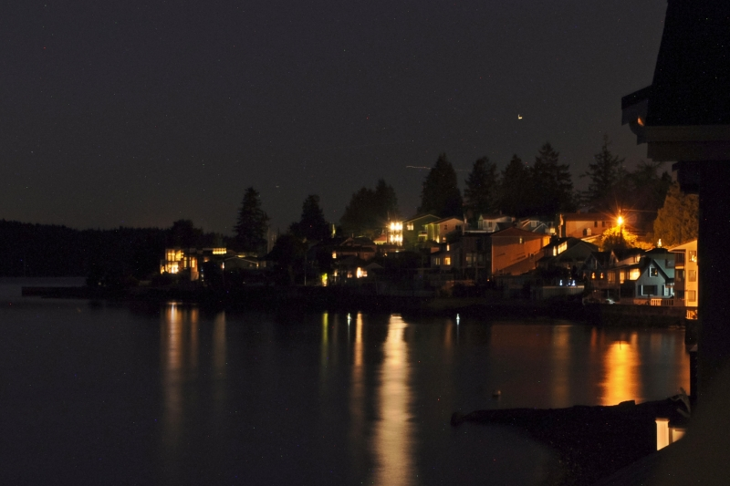 day island, night, coast. waterfront, homes