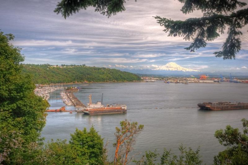 port of tacoma, commencement bay, mount rainier