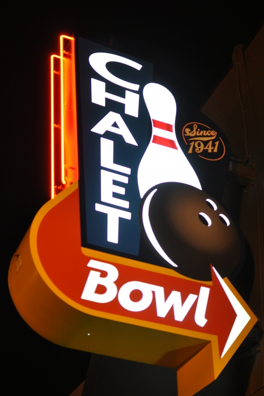 chalet bowl, proctor district, bowling alley, tacoma